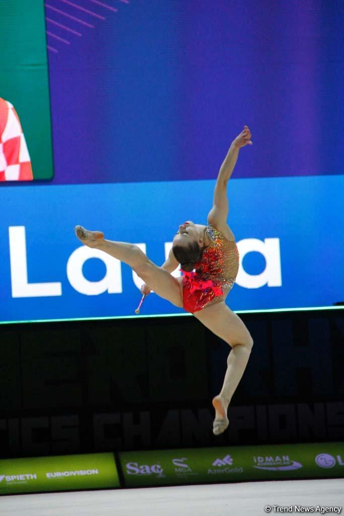 Грация, пластика и красота движений: лучшие моменты третьего дня соревнований Чемпионата Европы в Баку (ФОТО)