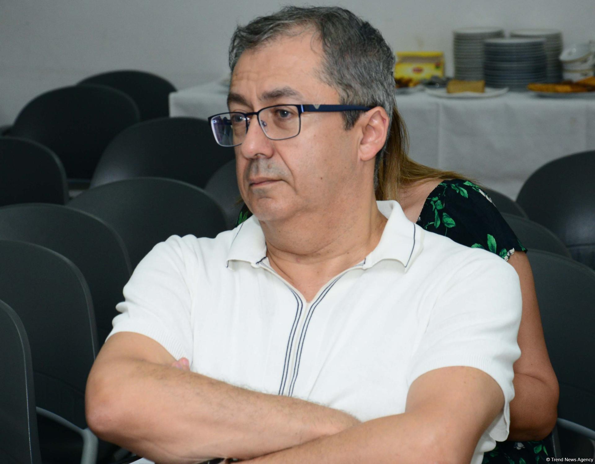 В Баку обсудили модель мультикультурализма на примере защиты прав и сохранения традиций нацменьшинств в Азербайджане (ФОТО)