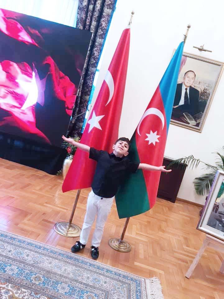 Художественное путешествие Азербайджан-Турция (ФОТО)
