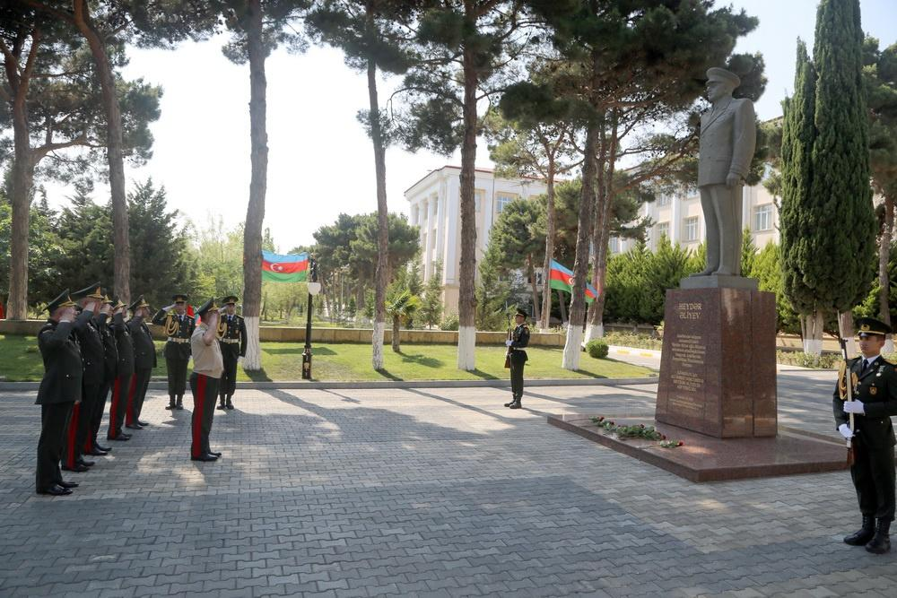 Azerbaijani minister: Military personnel must be educated in spirit of love for Motherland (PHOTO)