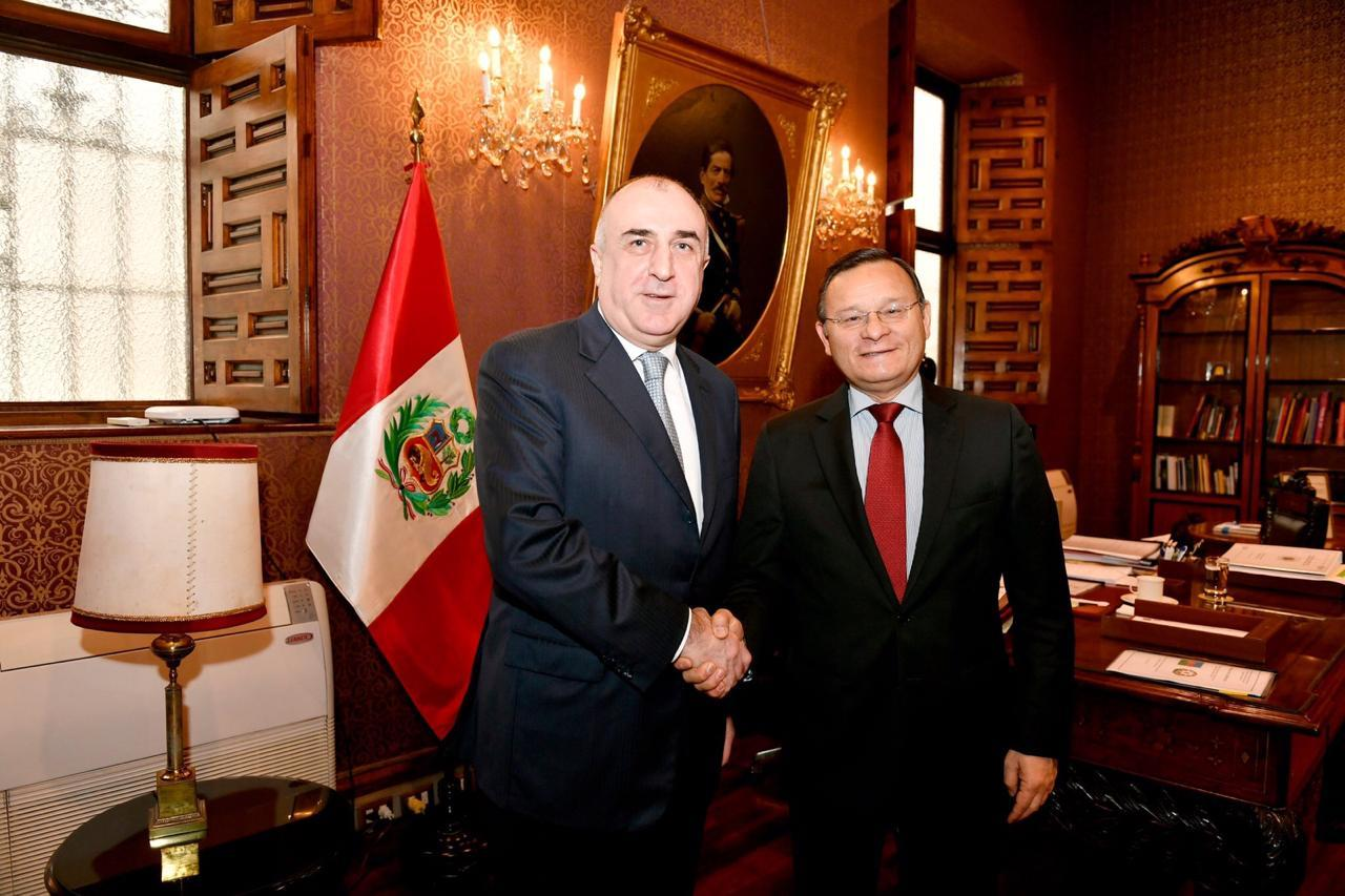 Azerbaijani FM meets Peruvian counterpart during working visit (PHOTO)