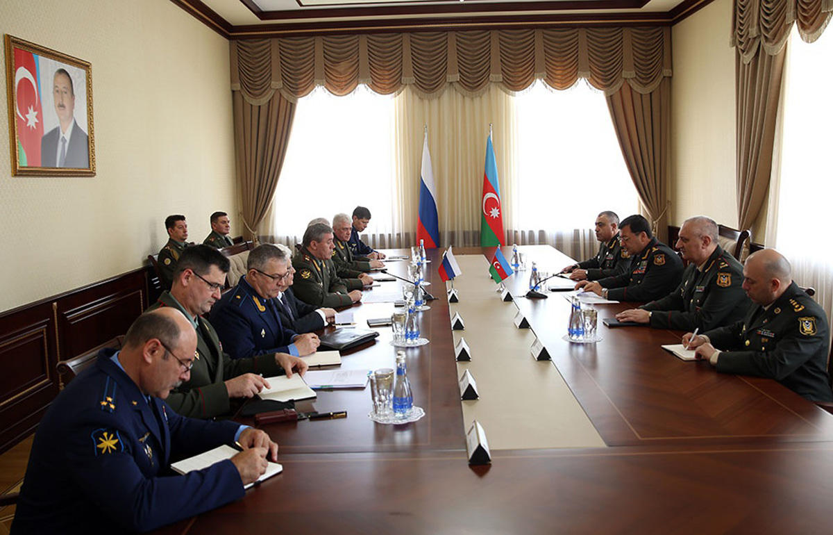 High-ranking military officials of Azerbaijan, Russia talk over Karabakh conflict (PHOTO/VIDEO)