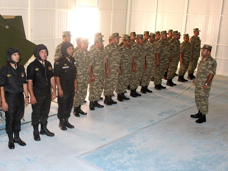Training-methodical sessions held in Azerbaijan's army corps (PHOTO)