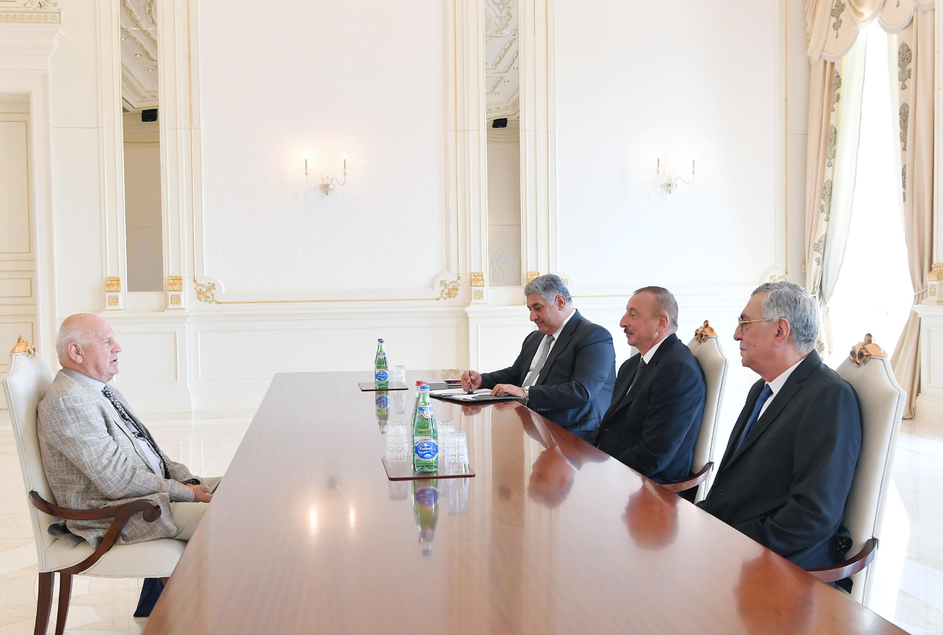 President Ilham Aliyev received President of European Olympic Committees (PHOTO)
