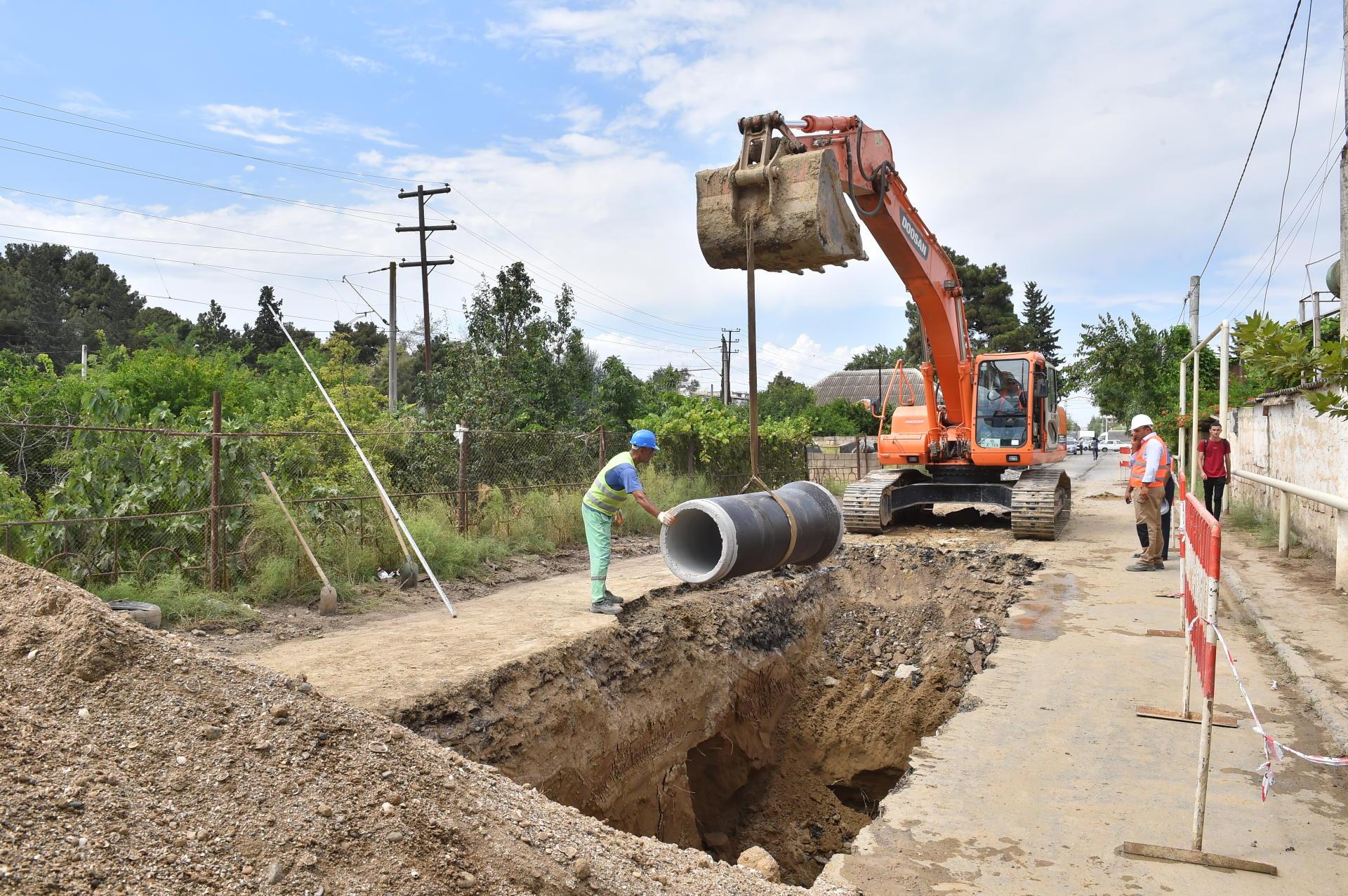Şirvan şəhərinin su təchizatı və kanalizasiya sistemləri yenilənir (FOTO)