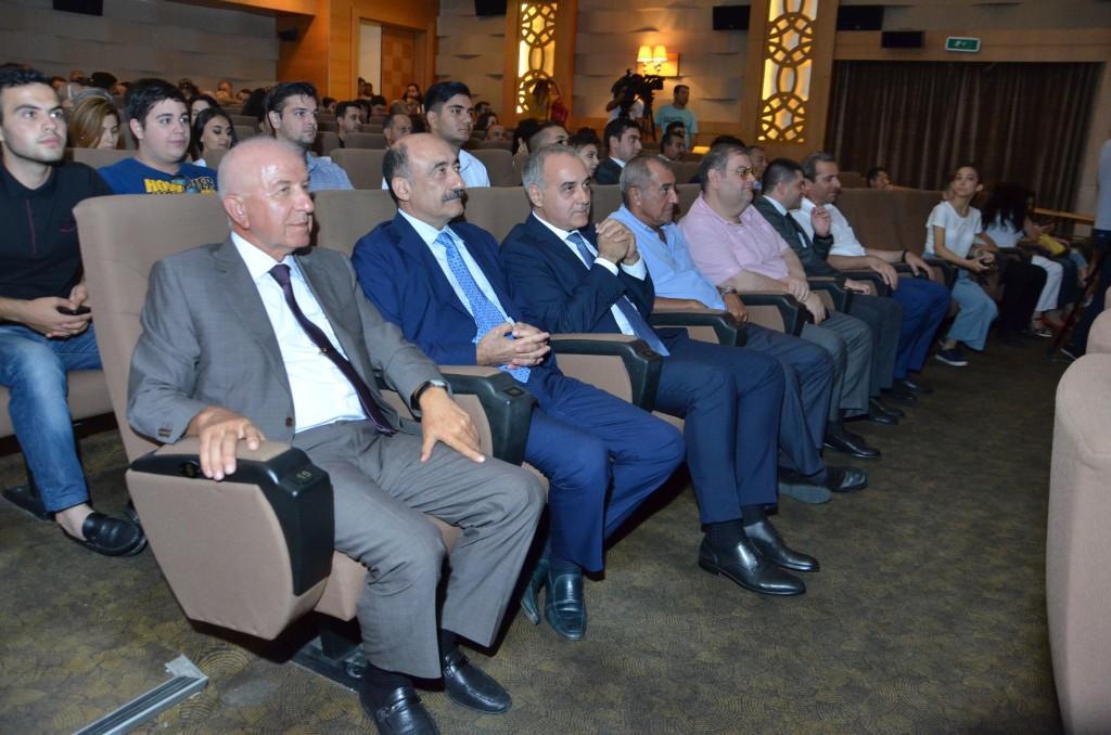"""""""Müstəqil vətənin memarı"""" videofilminin təqdimatı olub (FOTO)"""