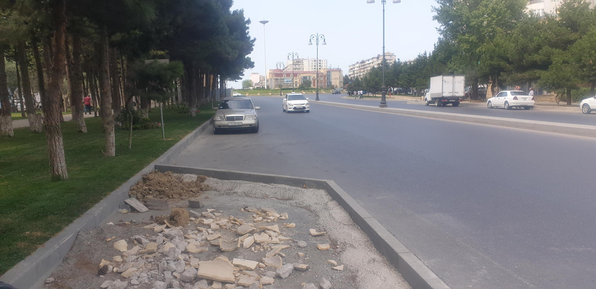Baku Transport Agency continues to improve road infrastructure (PHOTO)