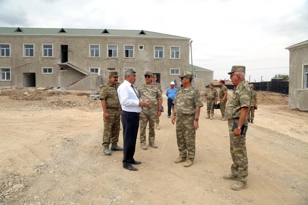 Azerbaijani defense minister visits military units at frontline (PHOTO/VIDEO)