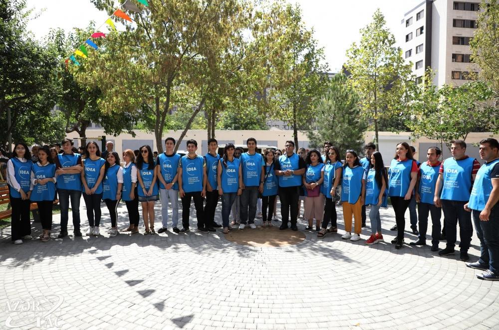 В Бинагадинском районе Баку в рамках проекта «Наш двор» передан в пользование жильцов очередной благоустроенный двор (ФОТО)