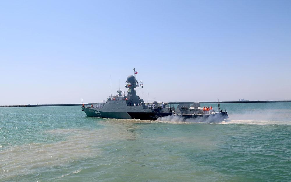 Rusiya və İran hərbi gəmiləri Bakı limanını tərk edib (FOTO)