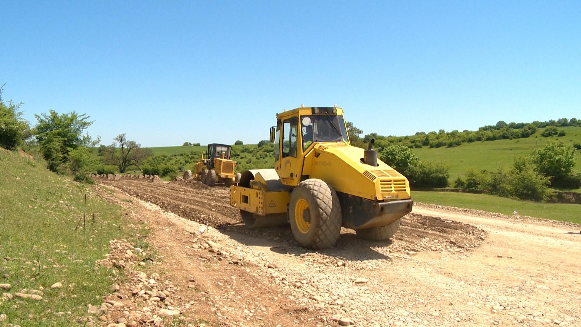 Large-scale reconstruction of roads continues in Azerbaijan's regions (PHOTO)