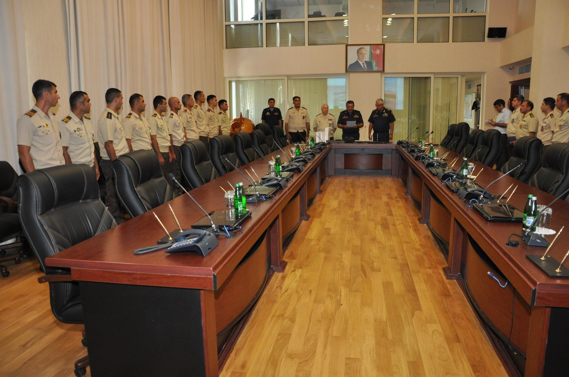 Министерство обороны Азербайджана наградило сотрудников МЧС (ФОТО)