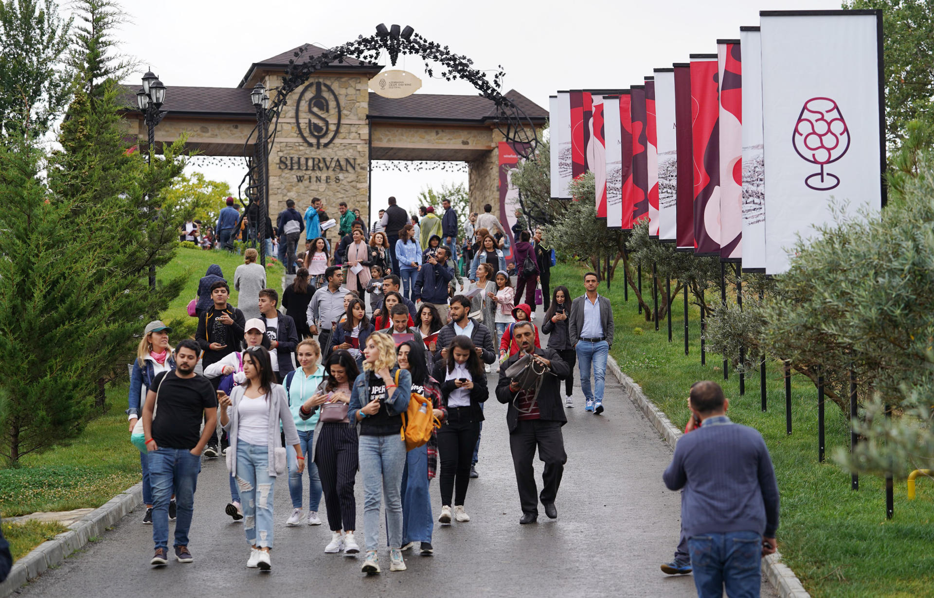 Vice-President of Heydar Aliyev Foundation Leyla Aliyeva views pavilions at First Grape and Wine Festival (PHOTOS)