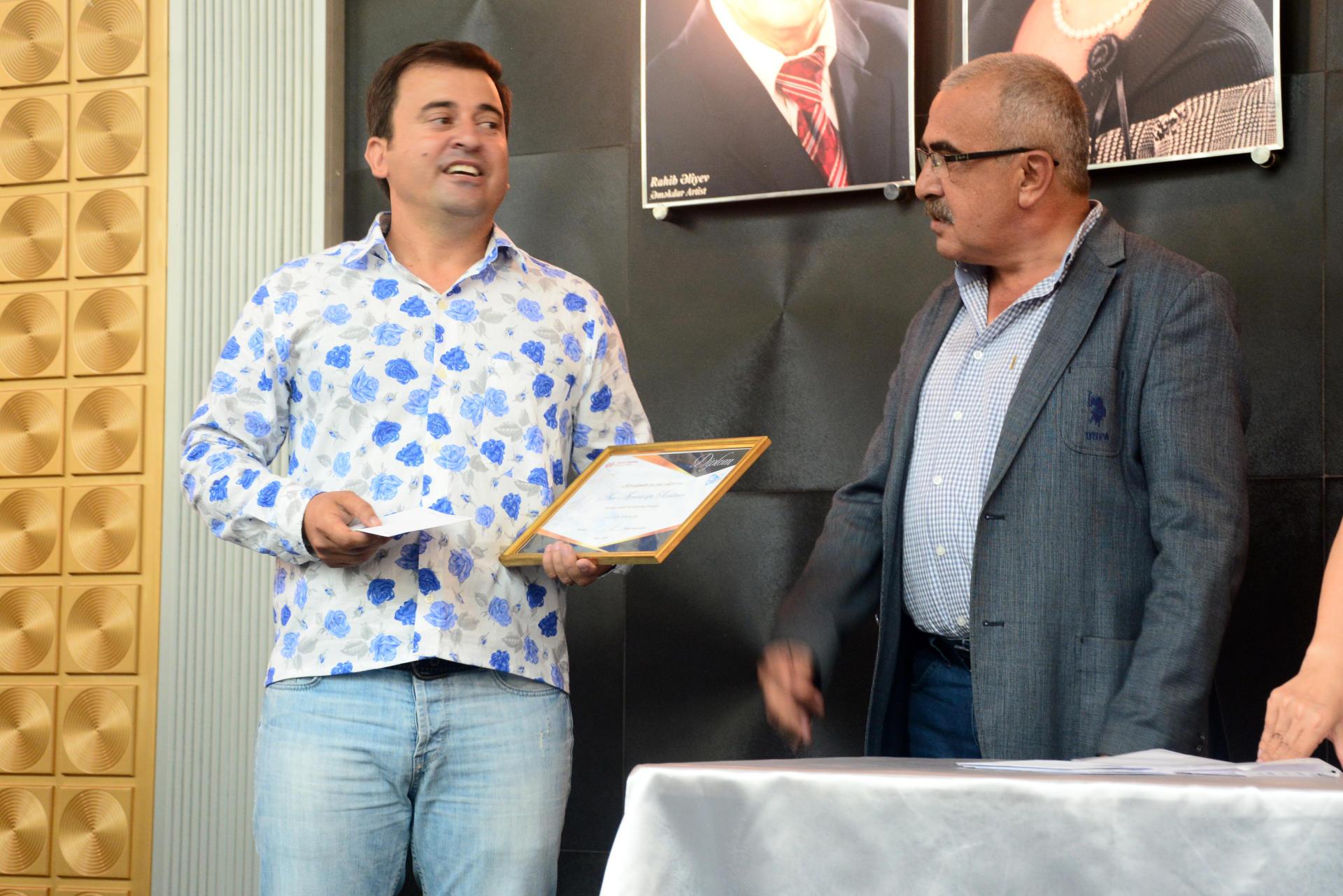 Новый театральный сезон в Азербайджане начался церемонией награждения (ФОТО)