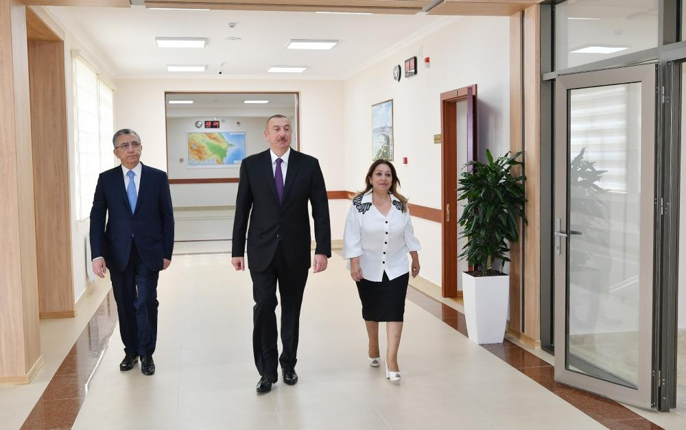President Aliyev views reconstructed school in Baku's Surakhani district (PHOTO)