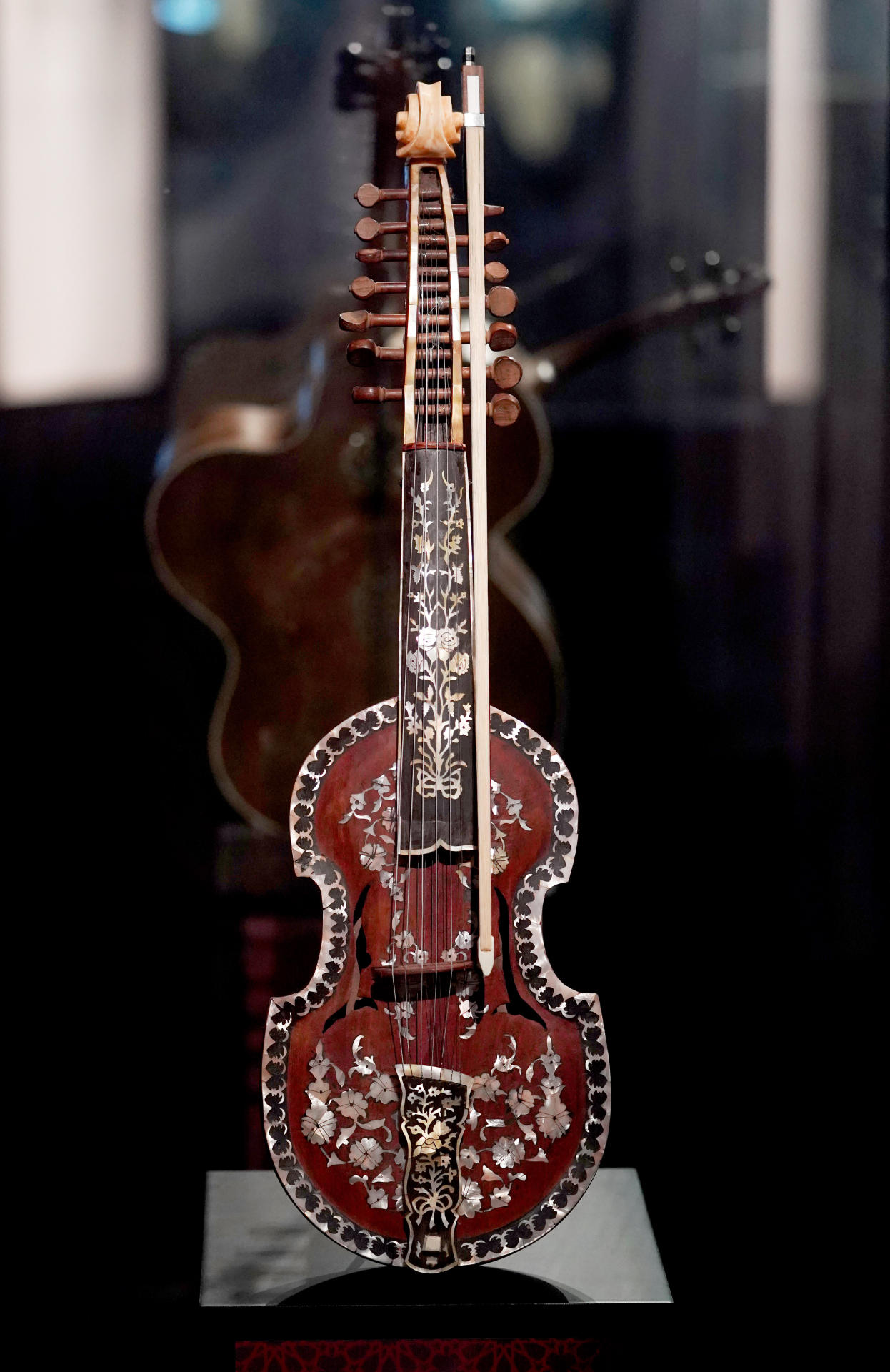 Exhibition of rare musical instruments opens at Heydar Aliyev Center (PHOTO/VIDEO)