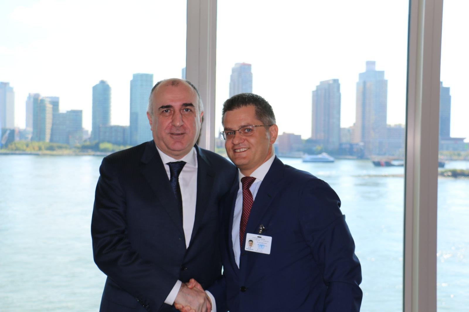 Elmar Mammadyarov meets with President of the Center for International Relations and Sustainable Development (PHOTO)