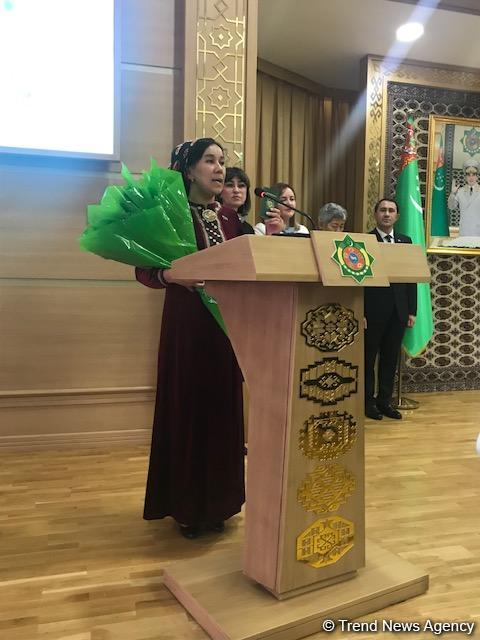 Over 8,000 stateless people received Turkmen passport in recent years (PHOTO)