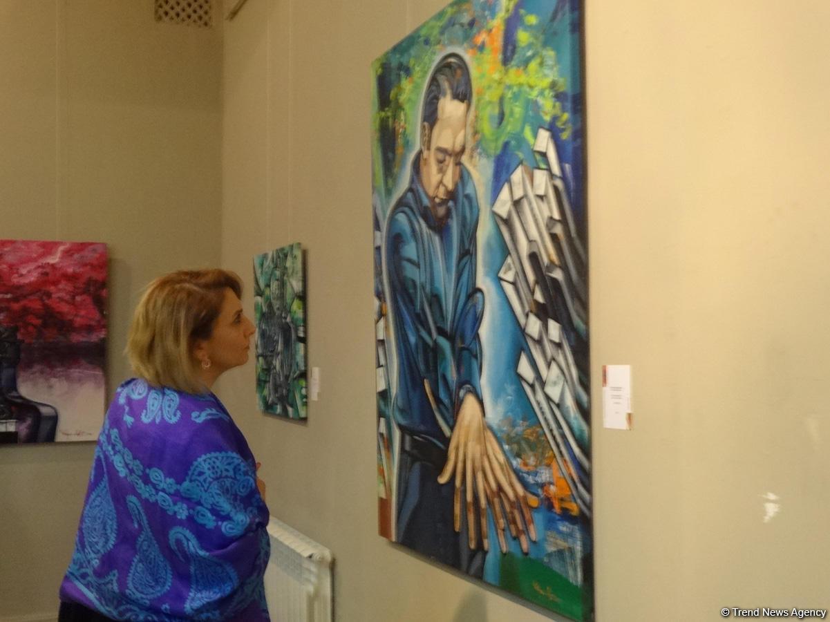 Художник, что рисует джаз – выставка Вугара Али в Баку (ФОТО)
