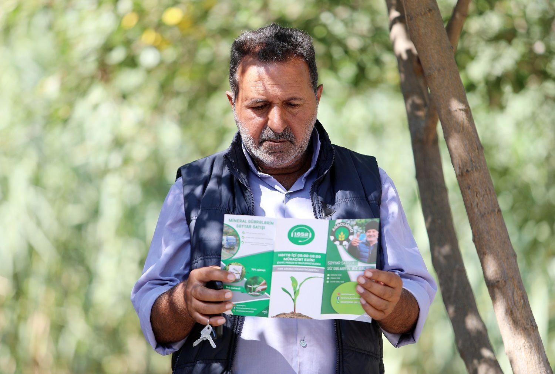 В Азербайджане 2295 фермеров воспользовались мобильной продажей минеральных удобрений (ФОТО)