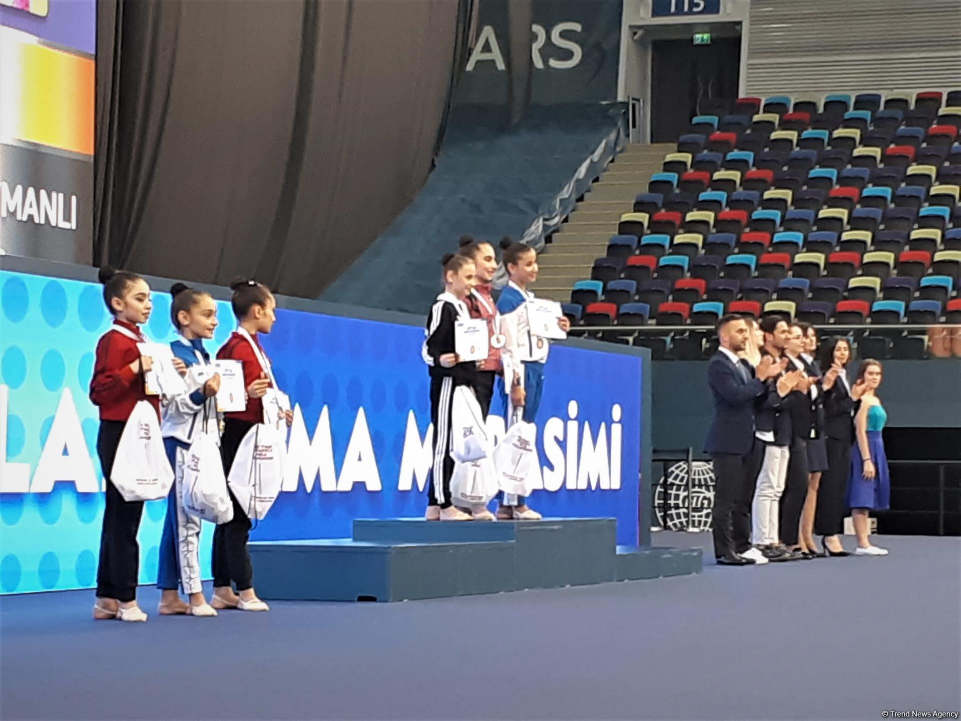 "Baku hosts awarding ceremony for winners of Rhythmic Gymnastics ""pre-juniors"" Interregional Cup (PHOTO)"