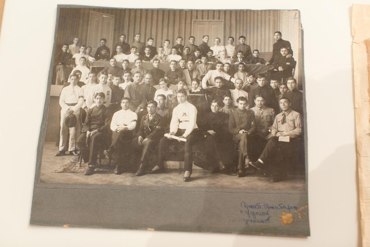 """YARAT-da """"Danışır Bakı: 1900-1940-cı illər"""" adlı sərgisi açıldı (FOTO)"""