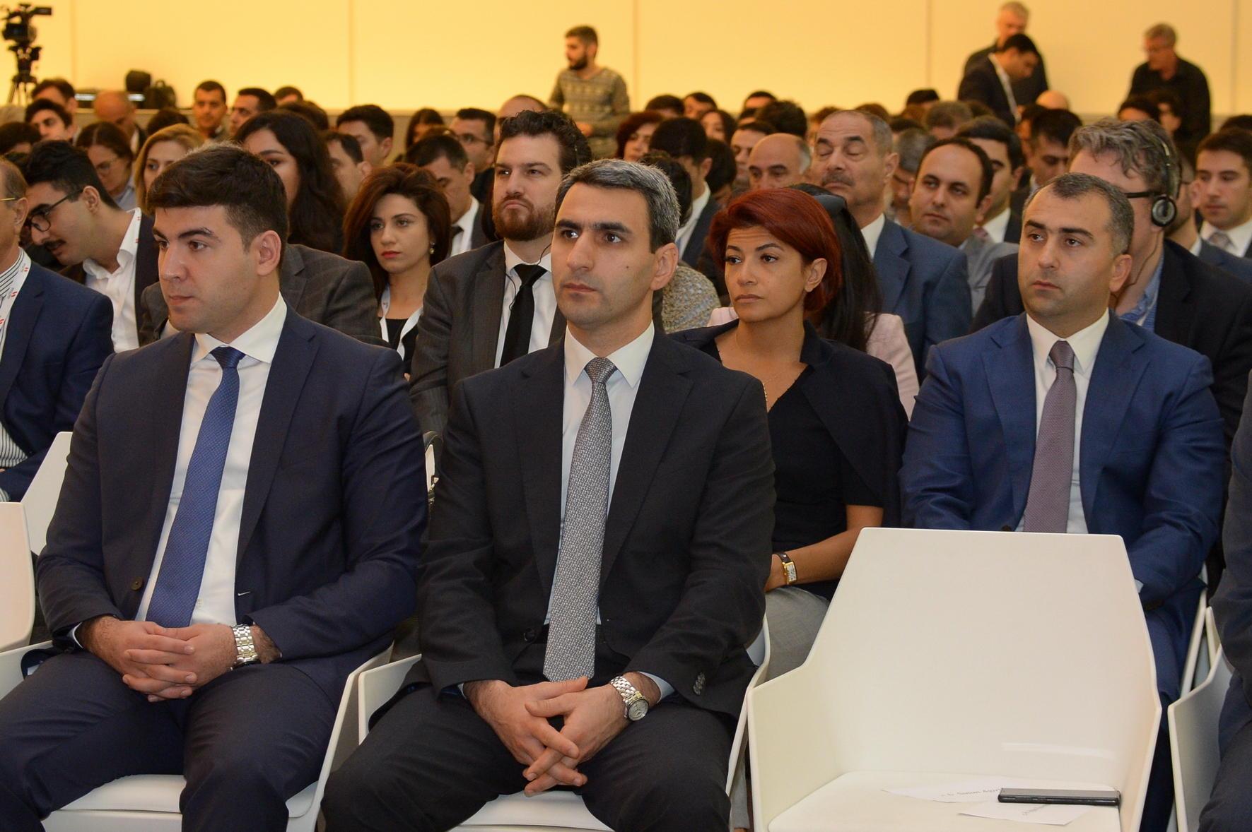"""2-ci """"Bakı Elektron Ticarət Forumu"""" işə başladı (FOTO)"""