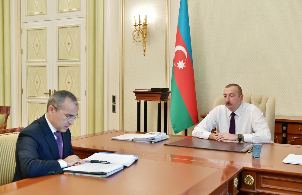 President Ilham Aliyev receives Mikayil Jabbarov in connection with his appointment to new post (PHOTO)