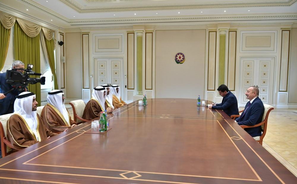 Azerbaijani president receives delegation led by UAE minister of state for foreign affairs (PHOTO)
