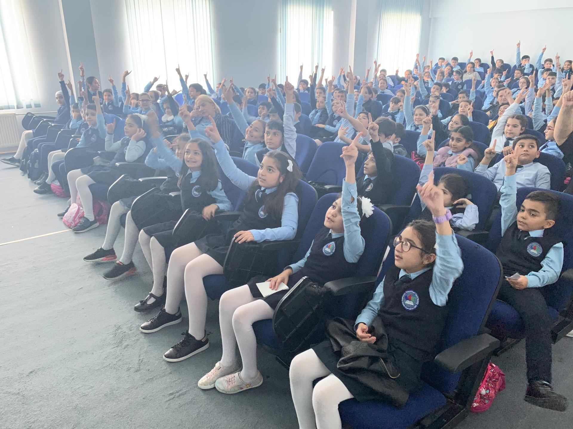 """""""Culture of safe behavior in cyberspace"""" discussed at Azerbaijani secondary schools (PHOTO)"""