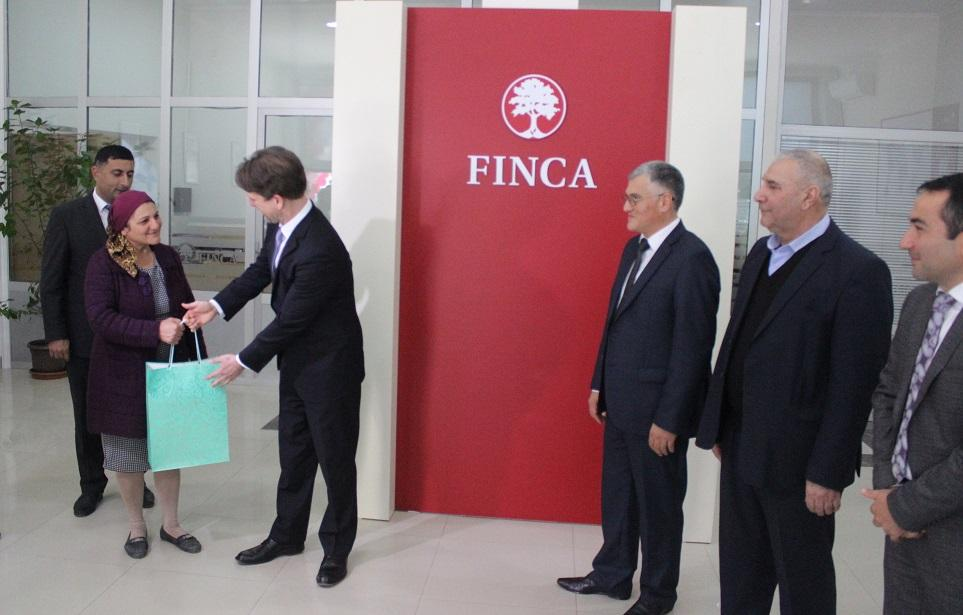 FINCA Azerbaijan opens new branches in Lankaran, Salyan (PHOTO)
