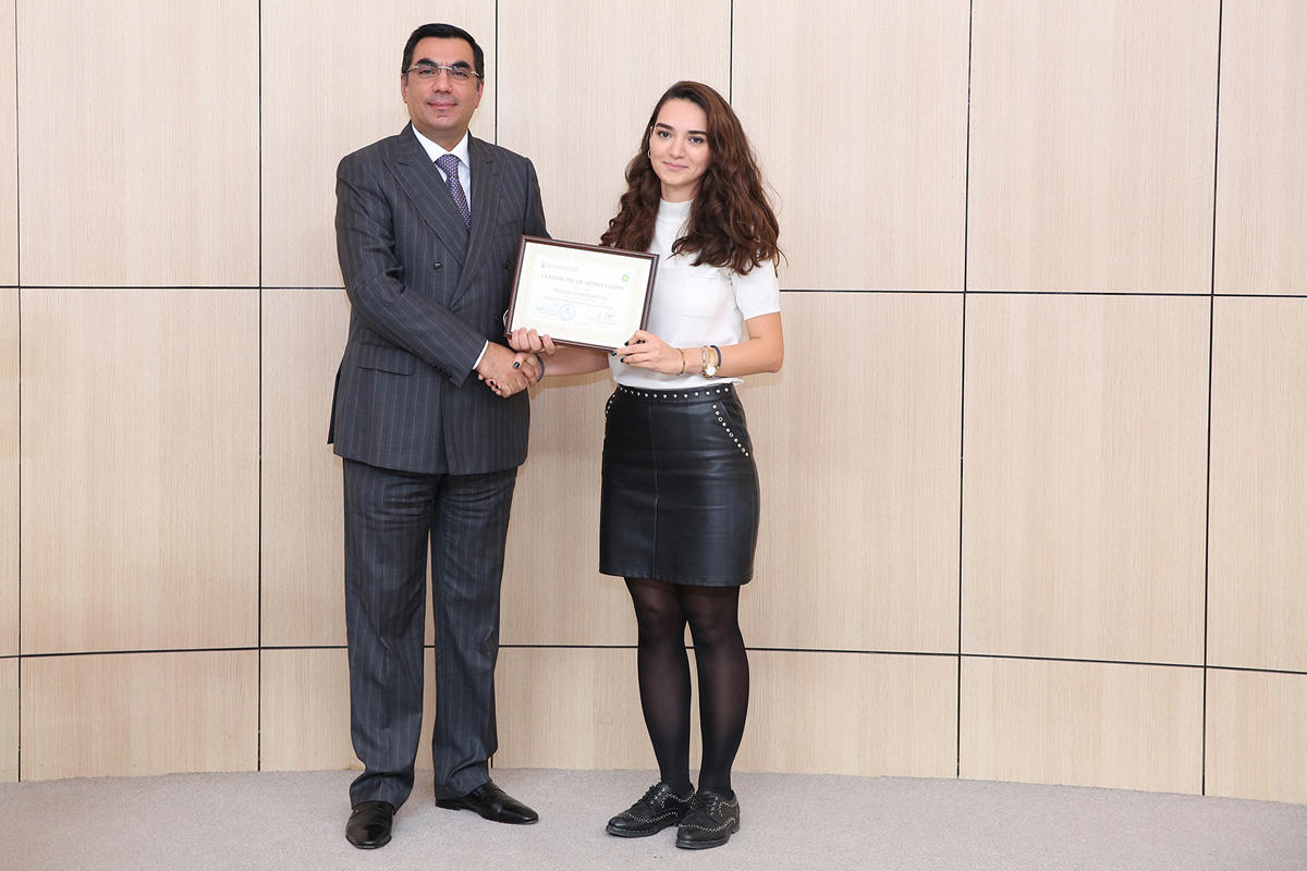 Baku Higher Oil School successfully completes next Business education for engineers program (PHOTO)