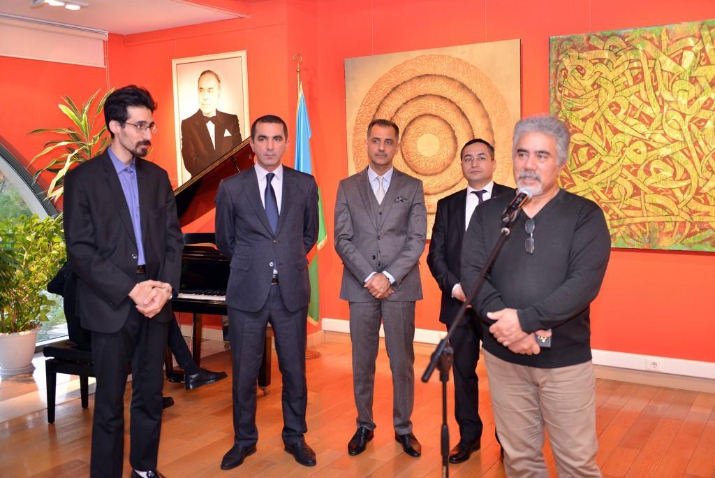 Священные аяты Корана - мастерство каллиграфии с современным искусством в Баку (ФОТО)