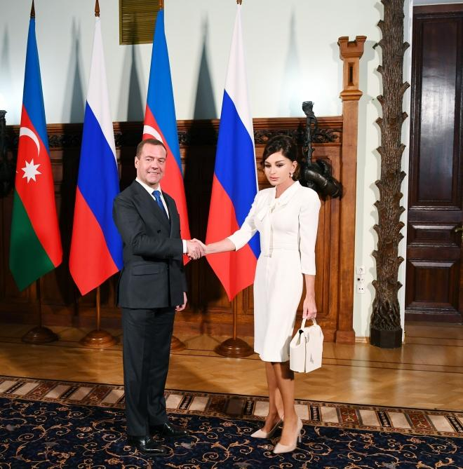 First Vice-President Mehriban Aliyeva met with Chairman of Russian Government Dmitry Medvedev (PHOTO)