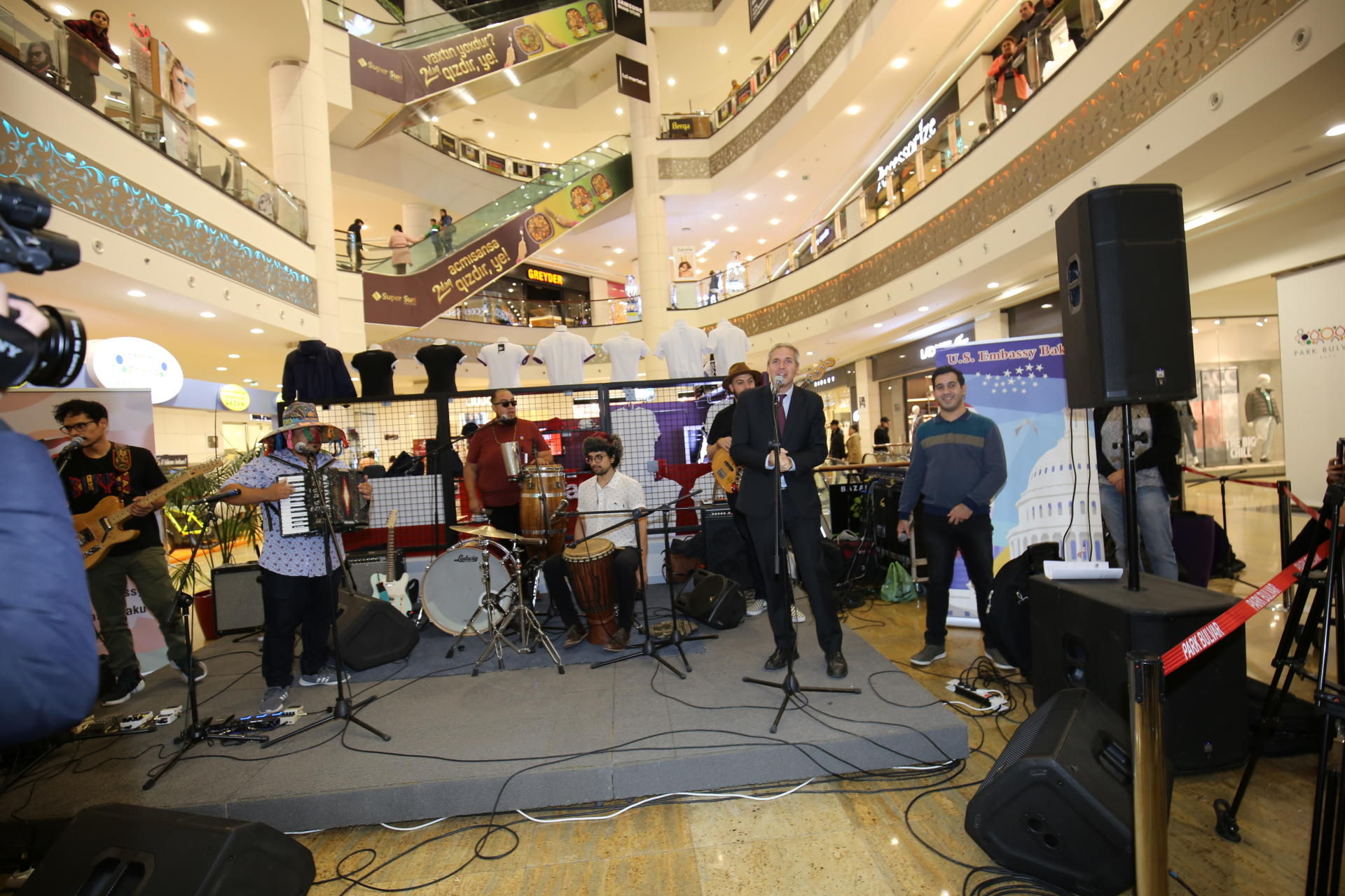 US Embassy sponsors the first visit of the American Afro-Latin music group to Azerbaijan (PHOTO)