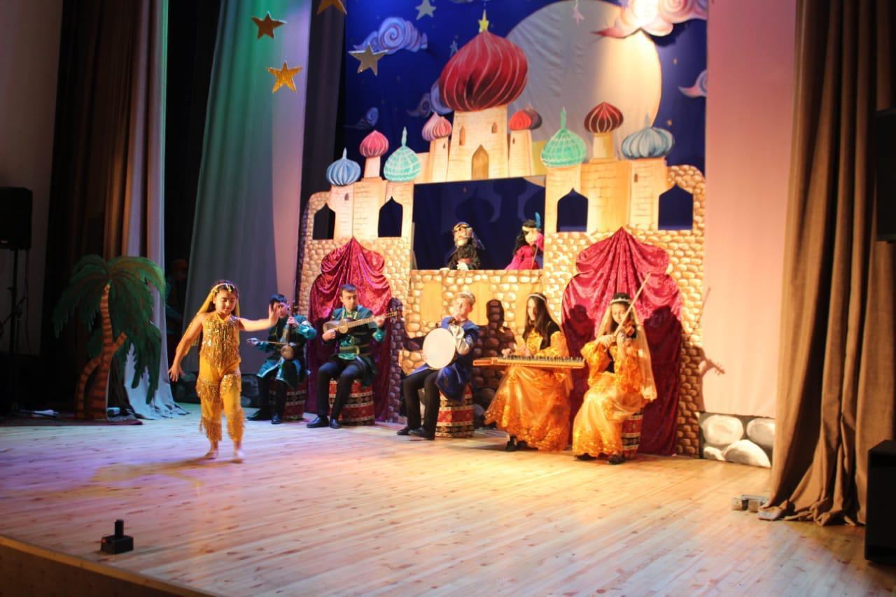 Yeni kukla teatrı açılıb (FOTO)