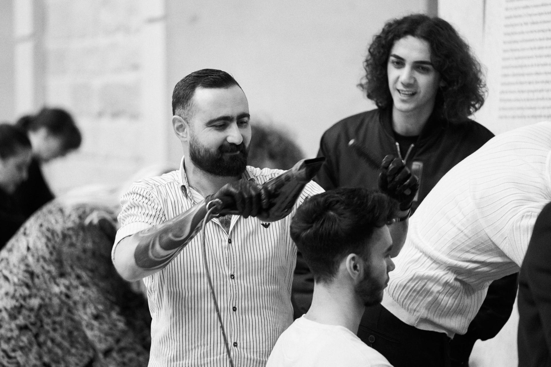 Что же на самом деле происходило за черными шторками Азербайджанской Недели моды (ВИДЕО)