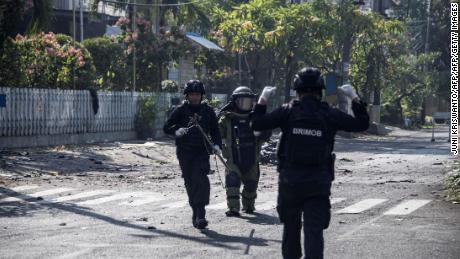 2 injured in grenade blast in Indonesian capital