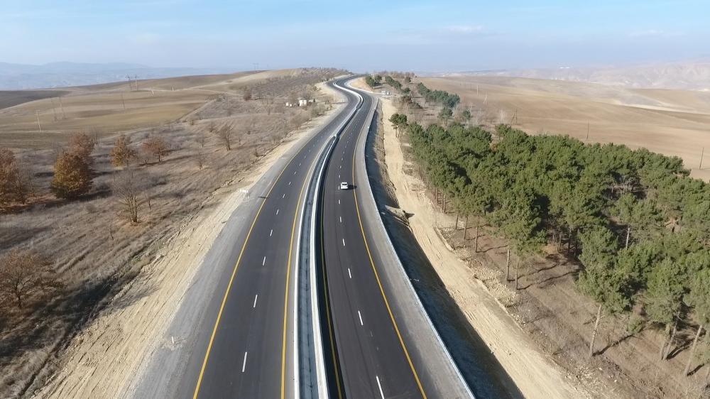 Azerbaijani president inaugurates 101-117th km section of Baku-Shamakhi-Yevlakh highway (PHOTO)