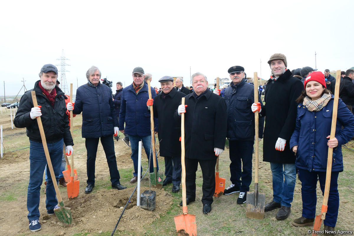 Alexander Sharovsky: I planted tree for first time in my life (PHOTO)