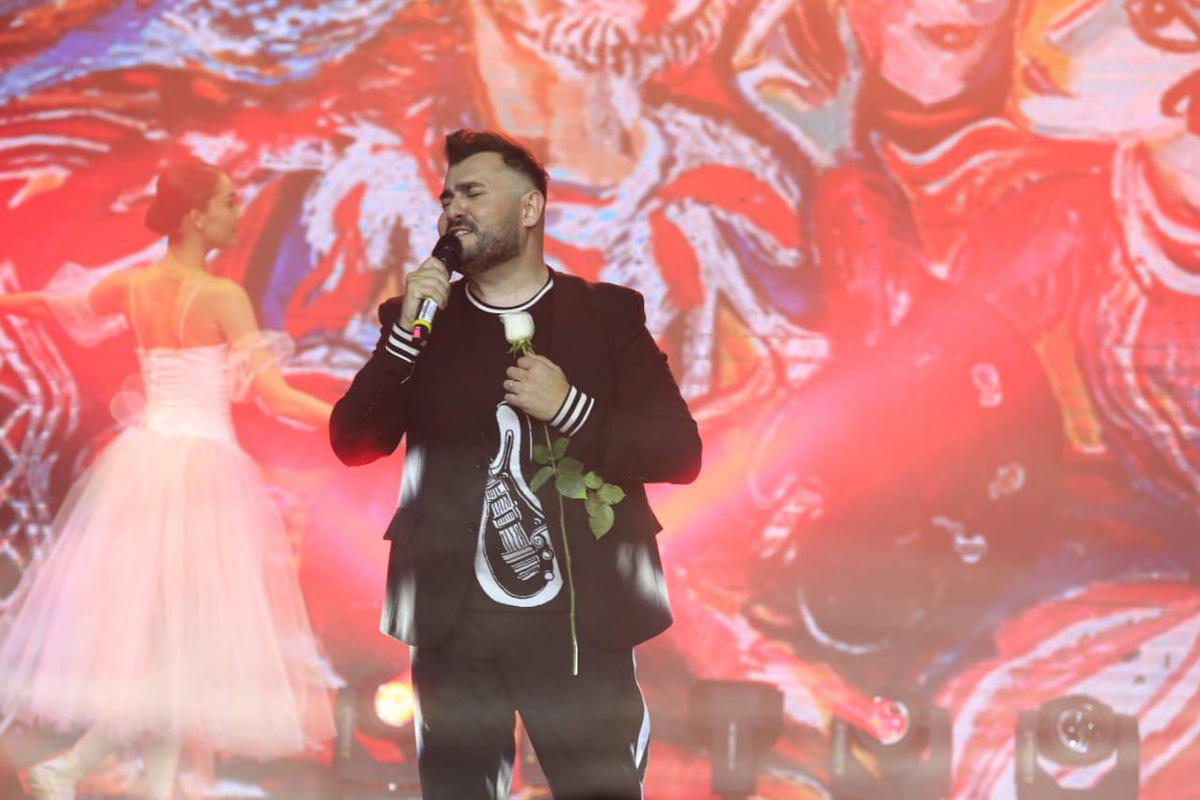 """""""Azərbaycan Könüllülük Həftəsi"""" çərçivəsində Murad Arifin """"Tufan"""" adlı solo konserti keçirilib (FOTO)"""