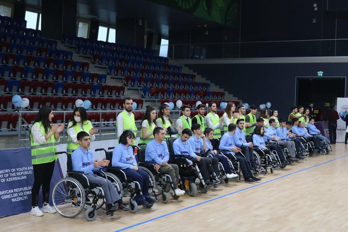 Чемпионат Азербайджана по бочче - солнечные дети и танцы на колясках (ФОТО)